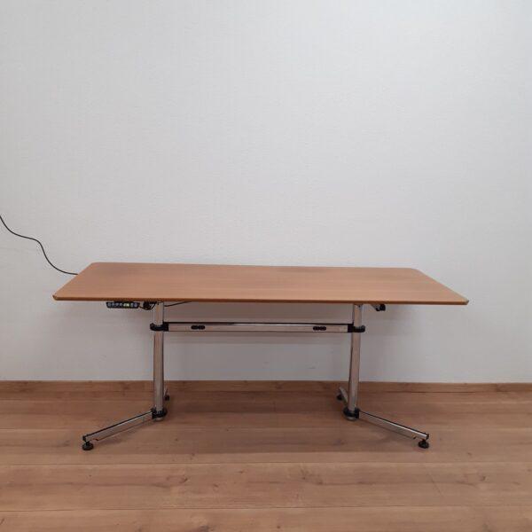 Gebrauchter USM Kitos Elektrisch höhenverstellbarer Tisch