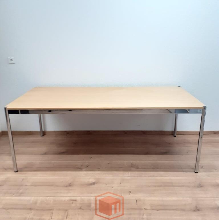Gebrauchter usm Tisch Esche